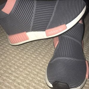 NWOT Adidas Ultra boost running shoes Pink/grey